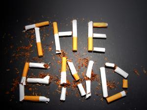 leszokott és dohányzott a ravaszon)